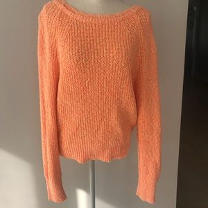 Free people sweater - never worn